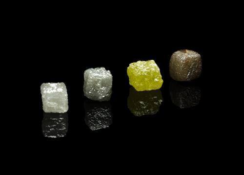 Edle Steine – Edelsteine – Die Magie der Diamanten, ihre Bedeutung und was sie auszeichnet