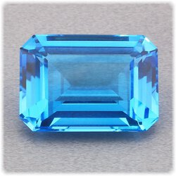 Topas blau facettiert 8-eck 17 mm x 12 mm / 14,72 ct. /...