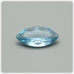 Aquamarin Navette Marquise facettiert 10 mm x 5 mm / 0,72...